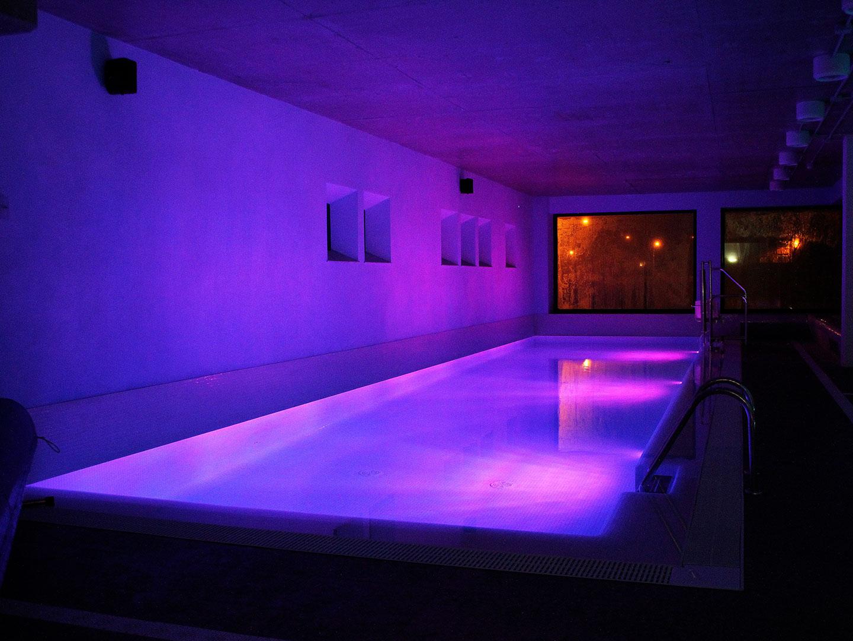 piscina interior leon